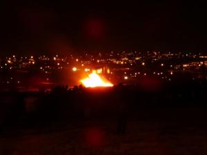 Brenna, ein traditionelles Altjahrsfeuer, hier in Kopavogur. 31.12.2014