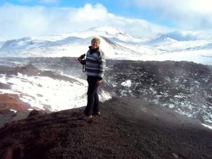 Die Erde dampft und ist noch warm eineinhalb Jahre nach dem Ausbruch am Fimmförduhals. 21.09.2011