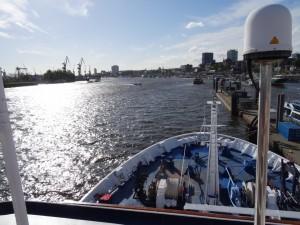 Blick Elbe abwärts Richtung Nordsee. 13.05.2015