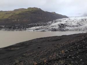 Grössere Lagune an der Gletscherzunge des Solheimajökull, Bild Eggert 09.10.2015