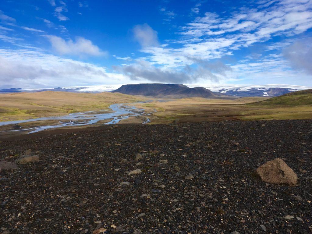 Blick von der Kjölur-Hochlandstrecke auf den Gletscher Langjökull. 27.08.2016